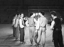 KPI dainų ir šokių ansamblio repeticija, 1956 m. (K. Sasnausko nuotr.)