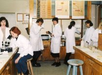 Neorganinės chemijos laboratoriniai darbai, 1997 m.