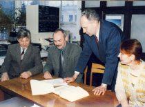 Lietuvos mokslo premijos laureatai J. V. Gražulevičius, A. Undzėnas, A. Stanišauskaitė ir R. Kavaliūnas, 1998 m.