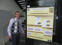 """2012 m. gegužės 17–18 d. KTU Maisto mokslo ir technologijų kompetencijos centre įvyko septintoji Baltijos valstybių maisto mokslo ir technologijos konferencija """"FOODBALT 2012"""". Nuotraukoje: konferencijos dalyvis Cheminės technologijos fakulteto studentas Ignas Mackėla."""