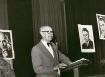 Laisvės konferencijoje JAV, XX a. 8-asis dešimtmetis. (Iš A. Damušio šeimos archyvo)