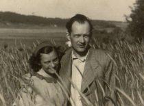 A. Damušis su žmona Jadvyga 1939 m. vasarą (Iš A. Damušio šeimos archyvo)