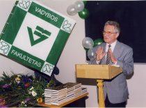 Fakulteto 30-metis, 1998 m. Kalba prof. Povilas Vanagas.