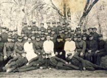 Kariuomenėje su karininkais ir kariais, 1926 m.
