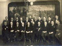 Universiteto Technikos fakulteto dėstytojai ir absolventai Karininkų ramovėje Kaune, 1928 m.