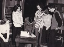 """Spektaklio """"Daltonikai"""" fragmentas,1974 m. (Originalas – KTU muziejuje)"""