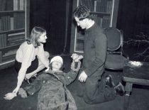 "Spektaklio ""Prarastoji melodija"" fragmentas, 1975 m."