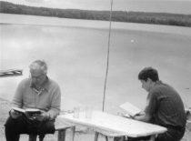 Su sūnumi Romanu prie Baltųjų Lakajų ežero