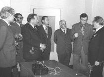 LSSR Aukštojo ir specialiojo vidurinio mokslo ministras H. Zabulis, KPI rektorius M. Martynaitis, prorektorius R. Chomskis ir kiti su SSRS Aukštojo ir specialiojo vidurinio mokslo ministro pavaduotoju N. Krasnovu, 1978 m.
