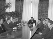 Rektorato posėdis, 1967 m. Iš kairės: R. Jonušas, J. Deltuva, A. Čyras, R. Chomskis, M. Martynaitis, Č. Jakimavičius, P. Švenčianas, H. Petrusevičius, K. Paulauskas.