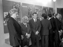 Su LSSR Aukštojo ir specialiojo vidurinio mokslo ministru H. Zabuliu ir svečiais iš Vokietijos demokratinės respublikos, 1976 m. (Bartkevičiaus nuotr.)