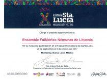"""Tarptautinio folkloro Santa Lucia festivalio prezidento padėka KTU tautinio meno ansambliui """"Nemunas"""". Monterėjus (Meksika), 2017 m."""
