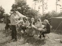 Repeticija prie Kauno marių, Šlienavoje, 1960 m. (Originalas – prof. A. Vitkausko archyve)