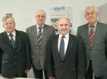 1995 m. Lietuvos Mokslų Akademijos prof. K. Baršausko vardo premija elektronikos srityje suteikta KTU mokslininkams A. Voleišiui, R. Šliteriui, L. Mažeikai, R. J. Kažiui ir K. Kundrotui (nuotraukoje nėra).