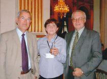 Habil. dr. R. Kažys, dr. T. Maruk (Lenkija) ir dr. R. Šliteris priėmime Paryžiaus rotušėje 5-jo pasaulinio ultragarso kongreso WCU-2003 metu.