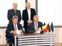Belgijos karaliaus Alberto II vizito metu pasirašoma bendradarbiavimo sutartis tarp KTU prof. K. Baršausko ultragarso instituto ir Belgijos branduolinių tyrimų centro SCK-CEN