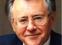Antanas Karoblis (1940–2007) – Aukštosios matematikos katedros docentas, Kovo Nepriklausomybės 11-osios akto signataras.