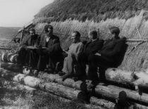 Statybos fakulteto dėstytojų ekspedicija, 1955 m. Centre – dekanas doc. S. Sčesnulevičius.