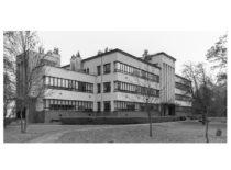 Lietuvos kariuomenės Ginklavimo valdybos Tyrimų laboratorija, pastatyta 1935 m. J. Vėbros iniciatyva. Dabar – KTU Cheminės technologijos fakultetas.