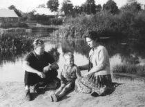 Gamtoje su sūnumi Liutauru, 1965 m.