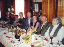 Linkuvos gimnazijos 1946 metų abiturientų susitikime, 2000 m.