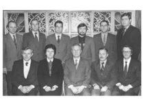 Vibrotechnikų apdovanojimas už pasiekimus: 1-je eilėje Z. Pocius, V. Ragulskienė, K. Ragulskis, P. Varanauskas, A. Kurtinaitis; 2-je eilėje B. Stulpinas, I. Oržekauskas, V. Volkovas, B. Busilas, A. Federavičius, A. Nenorta