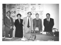 Po simpoziumo, 1983 m. V. Ragulskienė, A. Besonov (Maskva), K. Ragulskis, A. Kavolėlis.