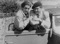 J. Lukša ir Jonas Pajaujis, 1948 m. vasara. (Lukšų šeimos archyvas)